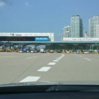 Photo taken at Seoul Toll Gate by 진형 오. on 10/2/2013