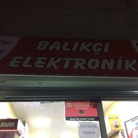 Photo taken at balıkçı elektronik by Fahri B. on 3/25/2017