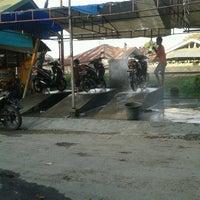 Photo taken at Pasar Alai by Muhammad Sadli H. on 9/30/2012