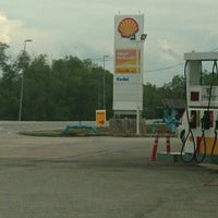 Photo taken at Shell Kampung Merang by Mohamad R. on 5/18/2014