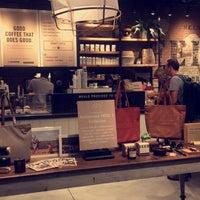 10/15/2017にYosra A.がFEED Shop & Cafeで撮った写真