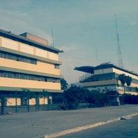Photo taken at Hipódromo de Monterrico by Arturo P. on 12/23/2012