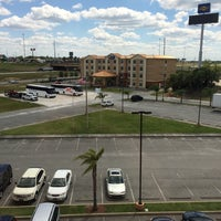 Photo taken at Holiday Inn Express & Suites Orlando South-Davenport by Yousef A. on 4/10/2014