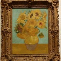 Photo taken at Sunflowers by Vincent Willem van Gogh by Luis H A. on 5/1/2014