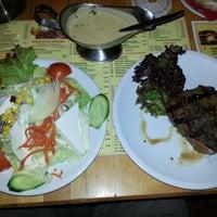 Das Foto wurde bei San Diego Steakhaus von Pasha C. am 1/1/2013 aufgenommen