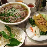 Photo taken at Xe Lua Vietnamese Cuisine 火車頭 by Will L. on 3/20/2013