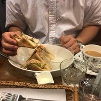 Photo taken at 喫茶館 英國屋 by Ocha-Ken on 9/22/2017