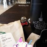Photo taken at Starbucks by MiniME on 9/10/2017