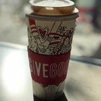 Foto tomada en Starbucks por Daniel E. el 11/11/2017