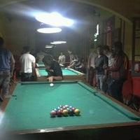 Foto tirada no(a) Pirata Snooker Bar por Tais C. em 4/20/2013