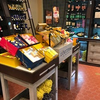 Photo taken at L'occitane by Carlos B. on 10/21/2016