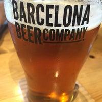 Foto tomada en Barcelona Beer Company Taproom por Casi G. el 6/24/2016