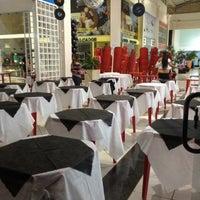Foto tirada no(a) Shopping do Calçado de Franca por Gustavo N. em 9/29/2012