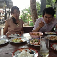 Photo taken at น้องนุ่ม-น้องนุก เบียร์วุ้น by มะหิ่วดง on 5/28/2013