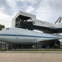 Foto scattata a Space Shuttle Independence da Brian T. il 4/21/2018