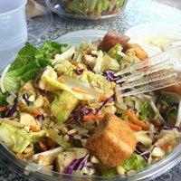 Photo taken at Giardino Gourmet Salads by Stephanie on 2/20/2013