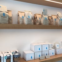 Photo prise au Blue Bottle Coffee par Michiroooo le7/1/2016