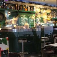 Foto tomada en Restaurante La Tropical por Mark W. el 9/19/2018