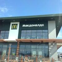 3/21/2013 tarihinde Николай В.ziyaretçi tarafından McDonald's'de çekilen fotoğraf