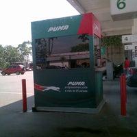 Photo taken at Gasolinera Puma by Fernando C. on 12/20/2012