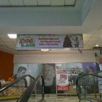 Foto tirada no(a) Sonda Supermercados por Erica M. em 12/11/2012