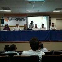 Foto tomada en Facultad de Pedagogía e Innovación Educativa UABC por Silvia V. el 10/22/2012