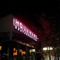 Photo taken at Houlihan's by Joe V. on 11/17/2012