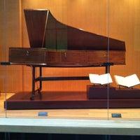 3/18/2013 tarihinde Robert B.ziyaretçi tarafından Royal Conservatory of Music'de çekilen fotoğraf