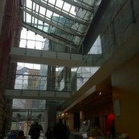 3/12/2013 tarihinde Robert B.ziyaretçi tarafından Royal Conservatory of Music'de çekilen fotoğraf