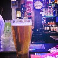 Foto diambil di Rush Street Bar oleh Jeffrey H. pada 3/19/2014