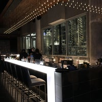 2/5/2016 tarihinde Christian T.ziyaretçi tarafından CH Distillery & Cocktail Bar'de çekilen fotoğraf