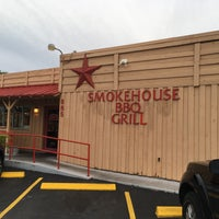 Photo prise au Smokehouse BBQ Grill par Joshua T. le5/24/2018