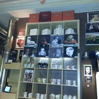 Photo taken at Cafeteca by Rivi on 11/22/2012