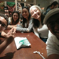 Foto tirada no(a) Starbucks por Fernando B. em 7/24/2016
