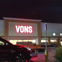 Photo taken at VONS by アダム H. on 10/28/2017