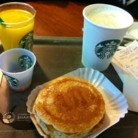 Photo taken at Starbucks by Adriano D. on 9/28/2012