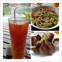 Photo taken at Wiwaso restaurant&bar by Yvonne Y. on 5/12/2013
