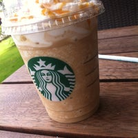 5/17/2013 tarihinde Gizem K.ziyaretçi tarafından Starbucks'de çekilen fotoğraf