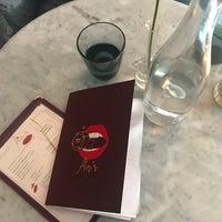 Foto tirada no(a) Air's Champagne Parlor por Victoria U. em 10/15/2017