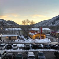 Photo taken at Hampton Glenwood Springs by Dave R. on 1/16/2014