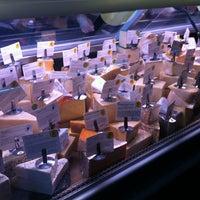 Foto scattata a Antonelli's Cheese Shop da Michael C. il 1/17/2013