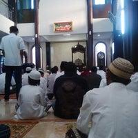Photo taken at Masjid Jami'atun Nur by inglo h. on 7/27/2014