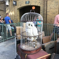 Photo taken at King's Cross Station by Amy G. on 11/5/2017