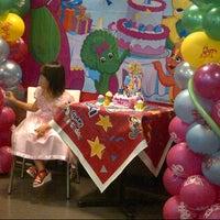 Photo taken at KFC by Yenyen C. on 9/29/2012