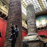 Das Foto wurde bei Victoria and Albert Museum (V&A) von Michael C. am 5/17/2013 aufgenommen