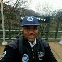Photo taken at MTA Subway - Mosholu Parkway (4) by Henry Ʊ. on 4/22/2017