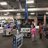 Photo taken at Best Buy by Patricia H. on 3/4/2017