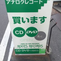 Photo taken at ROOTS RECORDS by Takeda K. on 1/31/2017