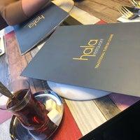 Foto tomada en Hala Restaurant por Sian el 8/12/2018