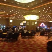 รูปภาพถ่ายที่ Grand Pasha Casino โดย Berki B. เมื่อ 11/5/2013